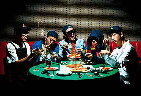 はちゃめちゃフリーキーなヒップホップ・バンド、カタコトのデビュー・アルバムが2月19日にリリース!ラップをイケてるバンド・サウンドに乗せてご提供!
