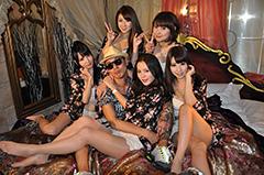 """t-Aceのセクシー・アイドル・ユニット、Pinkeyをフィーチャーした話題騒然なズルムケ・チューン""""Butterfly""""のPV Trailerが公開!"""