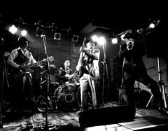 捕獲された荒川区の眠れる巨人の記録…デルタ兄弟、遅すぎた1stアルバム・リリース&ライブ情報!