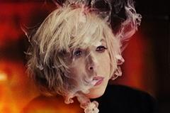 ロックンロールの永遠の恋人=マリアンヌ・フェイスフル、18年ぶりの来日公演が決定。ハスキー・ヴォイスに秘められた人生讃歌。
