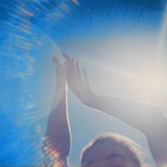 イギー・ポップも注目!!初来日公演を10月に控えたNZの宅録ギターポップ女子=Fazerdaze。各公演のオープニング・アクトにMONO NO AWARE,TAWINGSが決定!!