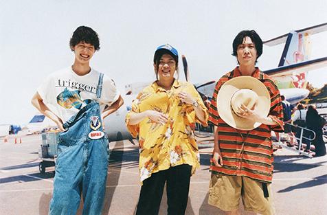 Tempalay 2nd アルバム「from JAPAN 2」に常田大希(King Gnu)のRemix&未収録曲を収録したLP&7インチ2枚組レコード発売決定!リリースを記念して「革命前夜」と「深海より」ワンマンのLIVE映像を公開!