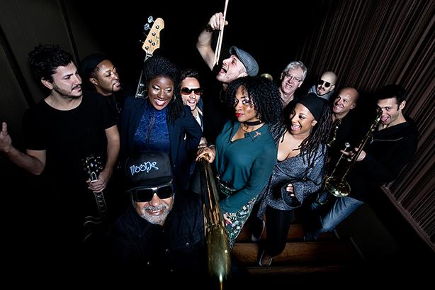 """ブルーイ率いるU.K.人気ジャズ・ファンク・グループ""""インコグニート""""が、デトロイト・シーンのキーパーソンである"""" アンプ・フィドラー""""をゲストに迎えるスペシャル・ライヴの開催が決定!"""