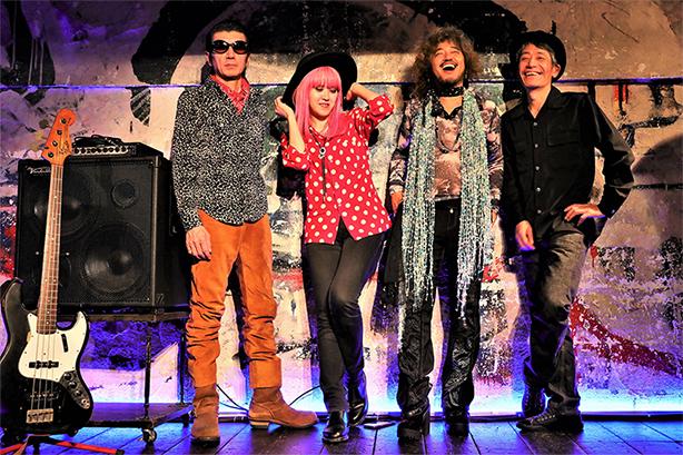 W.C.カラスとスライド・ドブロ・ギターの名手Chihana(チハナ)が手を組み、ロックファンにも衝撃となるアルバム『Rock & Roll Fantasy』が4/24に発売決定!