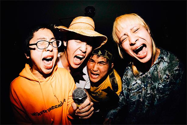 """平成最後のロックバンド突然少年""""FUJI ROCK FESTIVAL'18 ROOKIE A GO-GO""""の記録を紡いだドキュメントムービー公開!"""