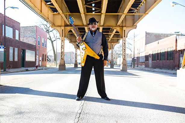 現在進行形のシカゴ・ブルースを体現するギタリスト/シンガー、トロンゾ・キャノンが実力派シンガー、ノラ・ジーンを伴い初来日ツアーを敢行!