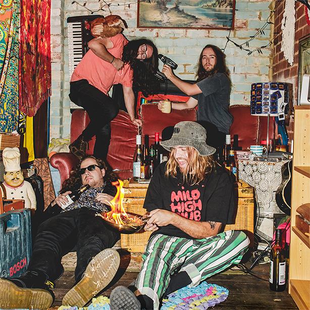 サマソニ出演も絶賛を浴びた痛快サイケ楽団、サイケデリック・ポーン・クランペッツが早くもニュー・シングル「Mundungus」をリリース!