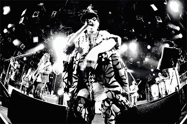 日本のロック史における最重要バンドのひとつ、JAGATARA改めJagatara2020がいよいよ奇跡の復活目前!!ライブ会場先行販売ほか店舗限定特典&パネル展の開催も決定!