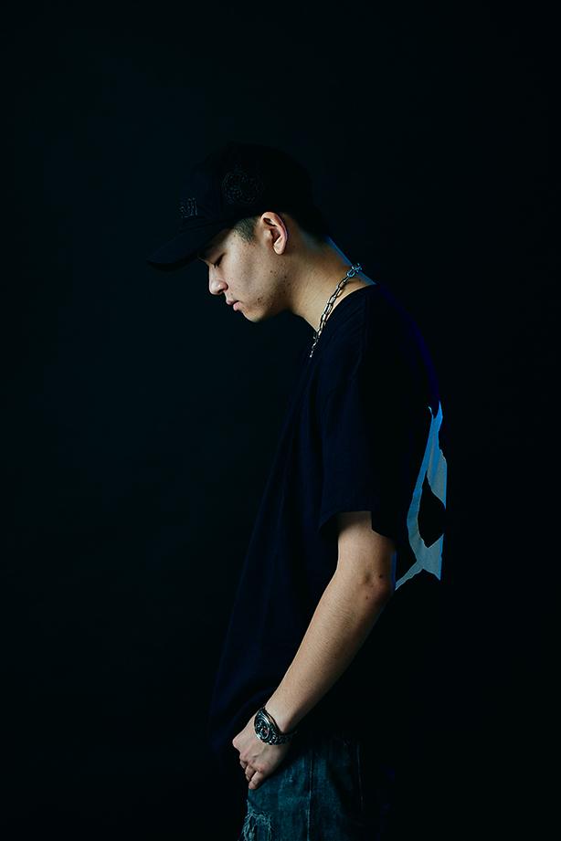 """MCバトル界隈でも名を馳せたBCDMG所属のラッパー、Ry-laxのデビュー・アルバムからYo-Seaとのコラボ曲""""Hate Me""""のミュージック・ビデオが公開!監督はKEN HARAKI!"""