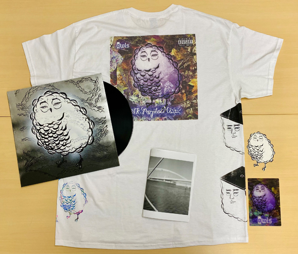 """owlsのセカンド・アルバム『24K Purple Mist』が完全限定プレスでアナログ化!さらにジャケットを描いたライター、""""えすう""""とのコラボによるスペシャルなボックスセット『24K Purple Mist - ESSU Edition』が完全限定20セットで発売!8/6(金)18時より予約受付開始!"""