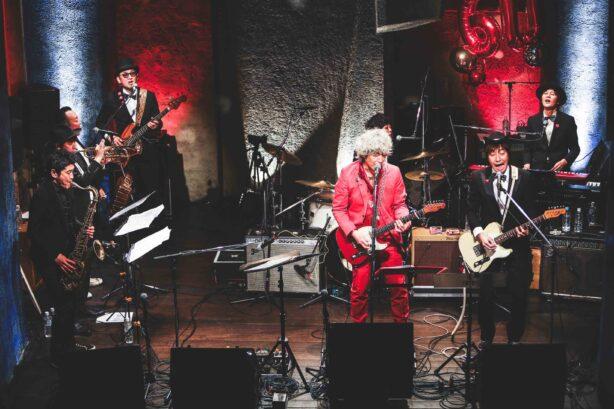 三宅伸治(MOJO CLUB、ex.ザ・タイマーズ)生誕60周年記念!The Spoonfulのメンバーを中心に結成されたバンド、The Red Rocksによる痛快きわまるロックン・ソウル・アルバムが完成!
