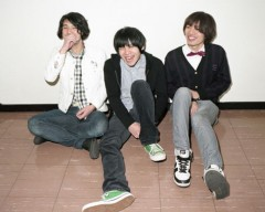 sister jet、3/25~31のiTunes Store今週のシングルに!