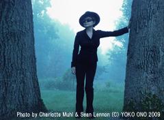 オノ・ヨーコ、明日10月7日(水)の日経新聞夕刊にインタビューが掲載されます!