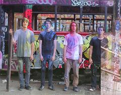 デビュー・アルバム『フォーリン・テープス』がスマッシュヒット中のパレーズ、CD Journal.comにてインタビュー掲載!