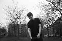 James Blakeのデビュー以降話題のポスト・ダブステップレーベル、Hotflushの主宰者Scubaのインタビューがele-kingに掲載!