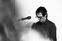 2作品を9/21に同時発売したフィル・パーネル!マシュー・ハーバートの重要なパートナーとして活躍してきたピアニストのロング・インタビューがele-kingで掲載!