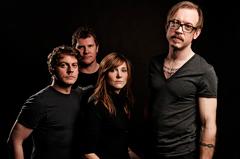 スウィート・ビリー・ピルグリム最新作、UKの名門音楽誌MOJOで5つ星を獲得!