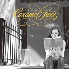 大人気の新感覚ジャズコンピレーション新作、『Caramel Jazz ~feel at home~』が全国のTSUTAYAで先行発売中。今作は誰しもがどこかで聞いたことのある往年のポップスの名曲をジャジーなボッサ・アレンジで優しくカバー!!あなたの生活に甘いひとときをどうぞ。